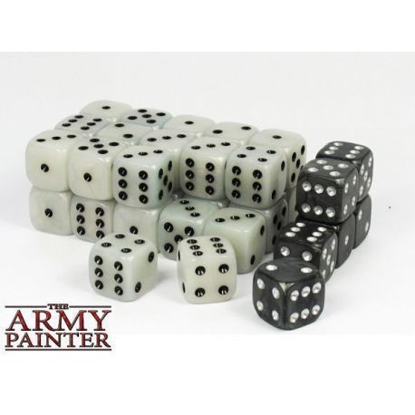 WARGAMING DICE: WHITE WITH BLACK