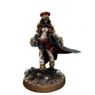 IMPERIAL SOLDIER FEMALE COMMISSAR WITH FISTS OF POWER (PIN-UP)