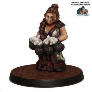 Dwarf Beer Maiden