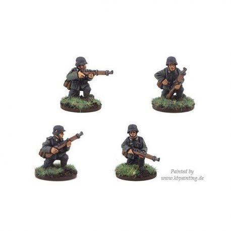 German Riflemen kneeling (4 figs)