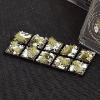 Winter Bases Square 20mm (x10)